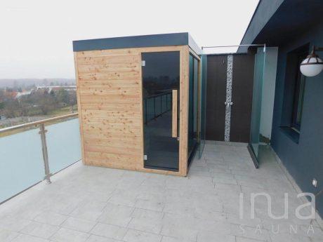 Skræddersyet-INUA-finsk-udendørs-sauna_Györ_1