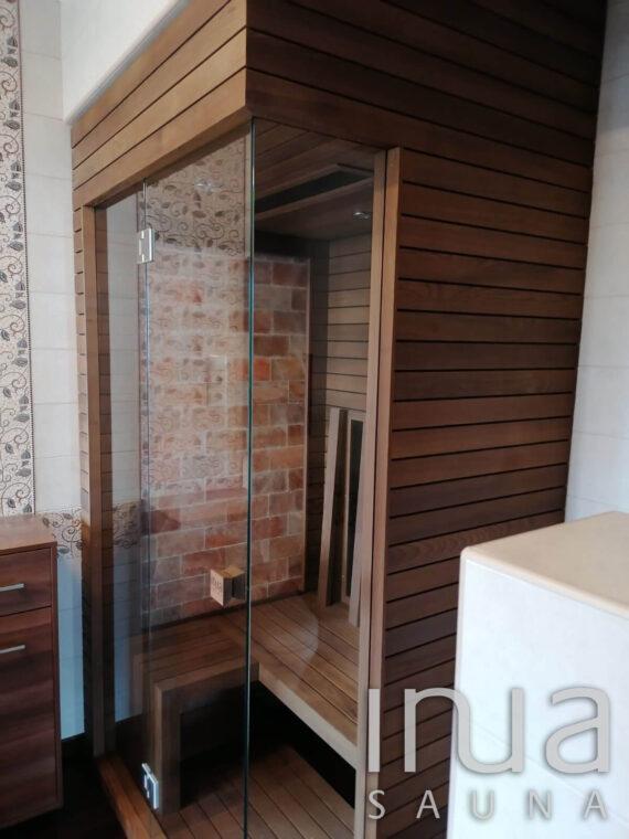 INUA_Skræddersyet_infrarød_sauna_Gyoer_Ungarn_7