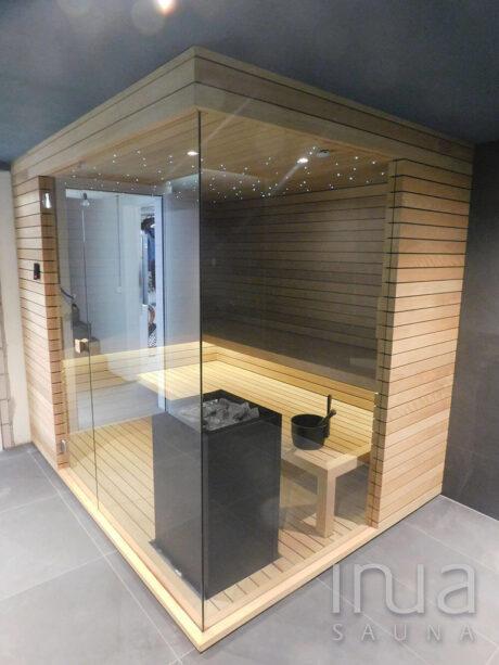 INUA_finsk_sauna_med_hjørneglas_Aarau_Schweiz_1