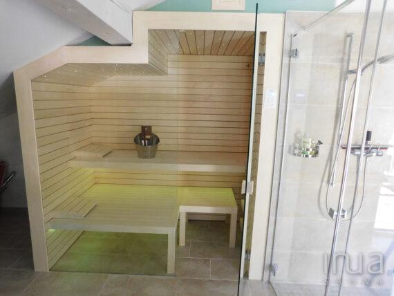 INUA_skræddersyet_finsk_sauna_med_Harvia_Vega_Gersau_Schweiz_3