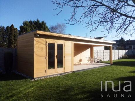 INUA_skræddersyet_saunahus_med_terrasse_Gyoer_Ungarn_3